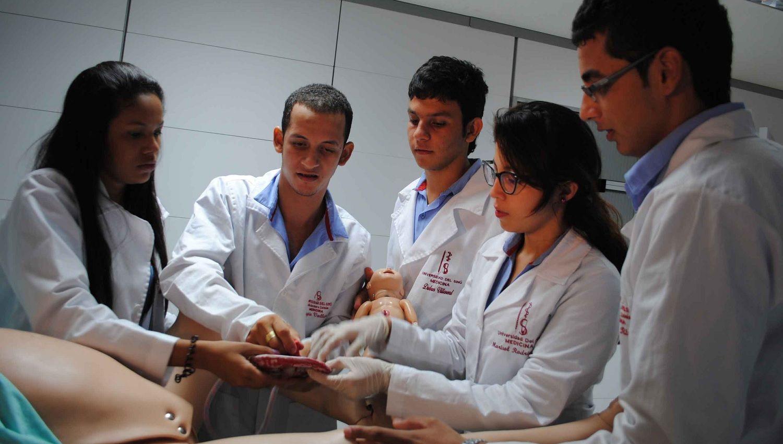 Servicio Social Obligatorio para profesiones de la salud - Formula Medica
