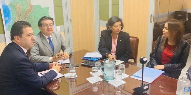 Colombia intercambia información sanitaria con Venezuela - Fórmula Médica
