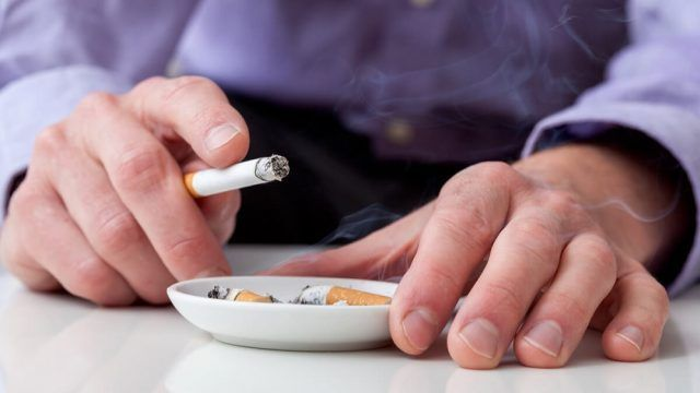 La letalidad del tabaquismo frente al COVID-19 - Fórmula Médica