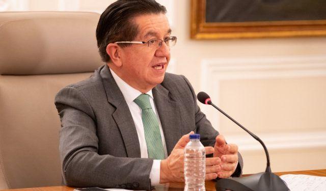 Ministro de Salud y Proteccion Social Fernando Ruiz - Fórmula Médica